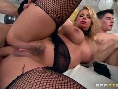 Cute Sex Videos With Christina Rose, Phoenix Marie And Gordey El Niño Pole