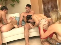 Cumshot Porno Video Featuring Adrianna Nicole, Bobbi Starr Та Andi Anderson