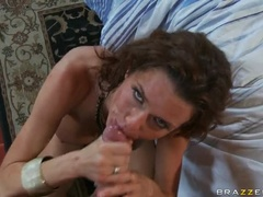 Pretty Brunette Girl Veronica Avluv Gives Blowjob