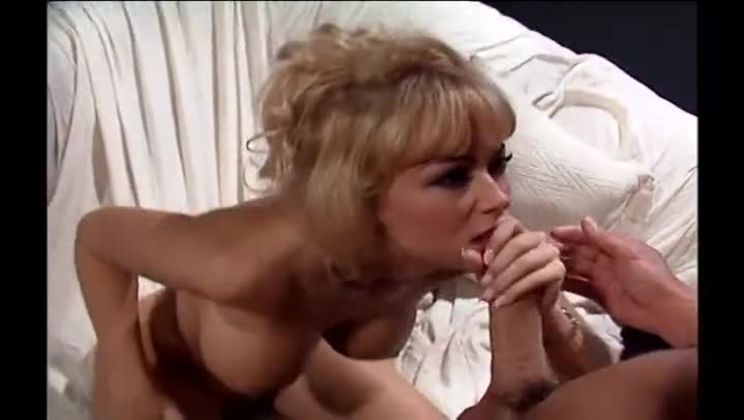 Jenna jameson giving a handjob