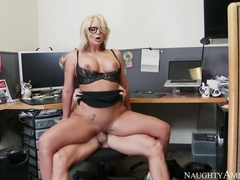 A Wonderful Shaved Phoenix Marie Sucked A Cock Hard