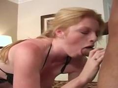 Která Má Vášnivý Interracial Sex