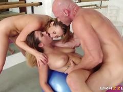 Натуральна Грудна Порно Відео З Міа Малковою І Кеши Сірим