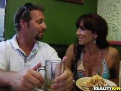 Brunett Sex Video Med Jägare Och Tara Semester
