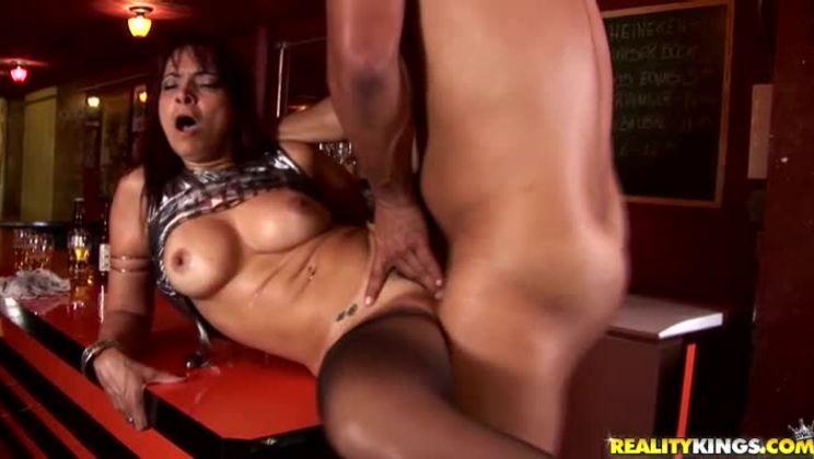 Hot short australian girl porn xxx